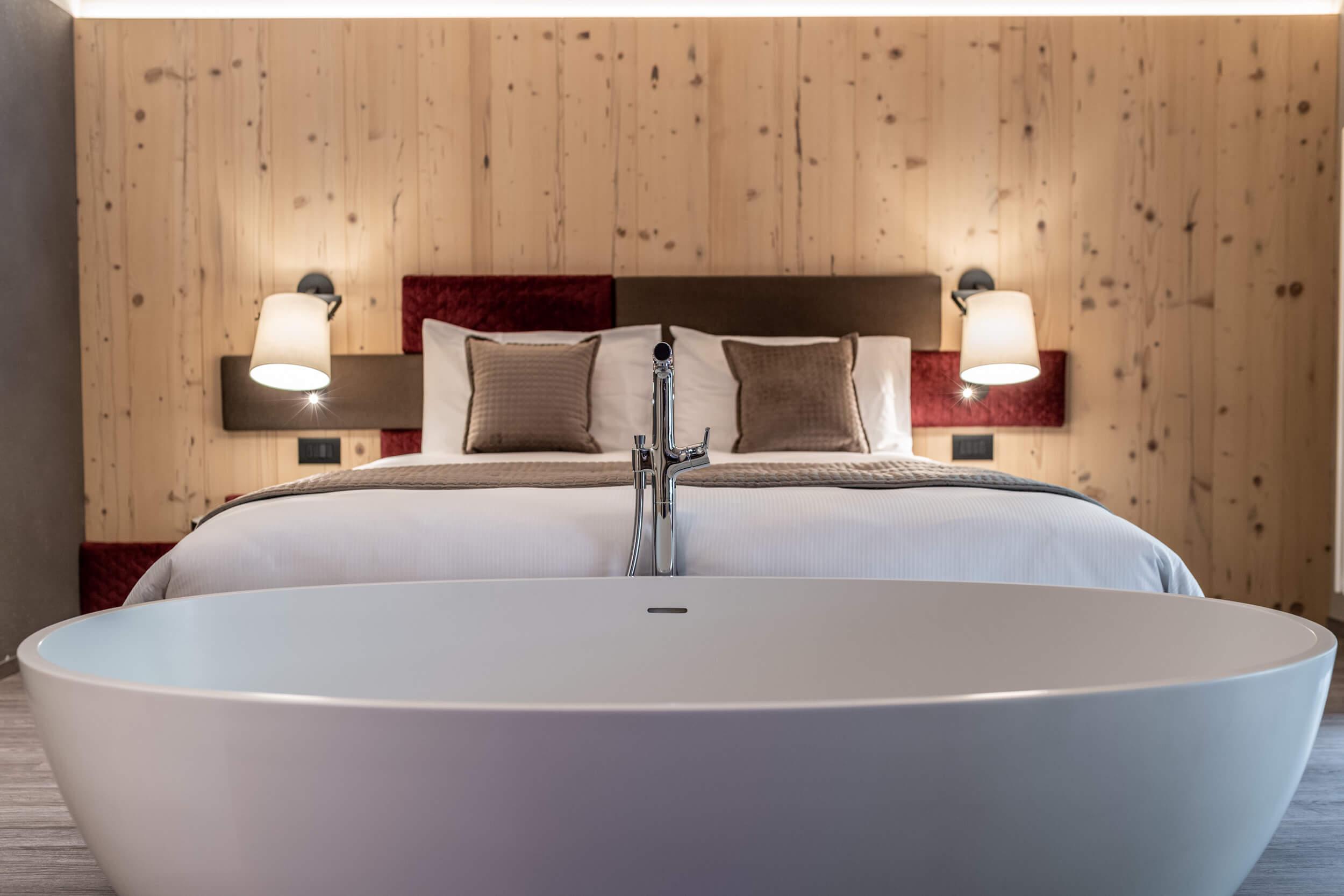 Come da nostro motto questa stanza vi farà sentire 'naturalmente accolti' da un caldo abbraccio, che vi coccolerà quando rientrerete in Hotel.