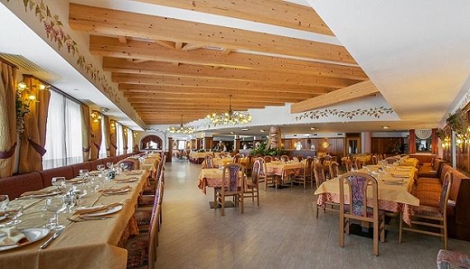 hotel val di sole ristorante